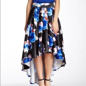 High low flowy skirt !